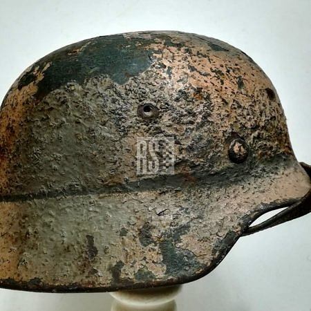 non relic / good condition helmets and headgear