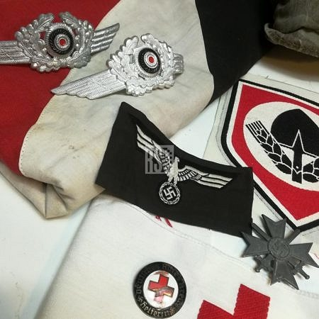 Uniforms,buttons,Insignia